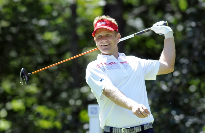 billy hurley iii leads cimb classic by two
